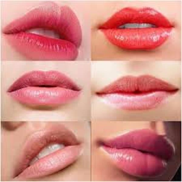 Красивые губы.