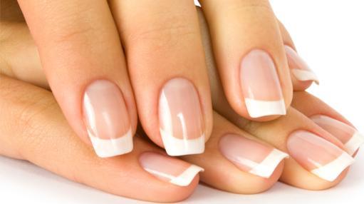 Вредно ли наращивать ногти акрилом?